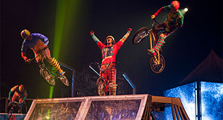 15-VOLTA_BMX_003_Photo_credit_Patrice_Lamoureux_costumes_Zaldy
