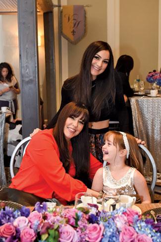 Lourdes Leon-Vega with her daughters, Linnette & Alexa.