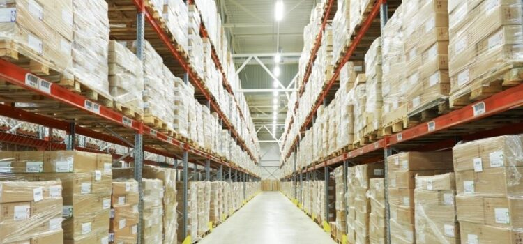 Tips for Maintaining a Clean Warehouse