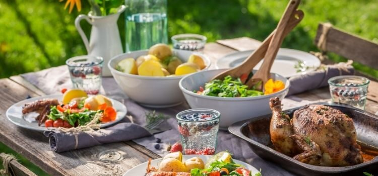 Tips for Planning an Outdoor Thanksgiving