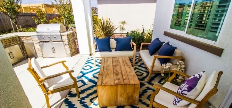 Creative Ways To Add Color To Your Patio