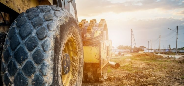 Tips for Finding the Right Heavy Equipment for Your Project