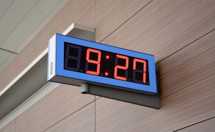 Benefits of Installing a Clock System in Your School
