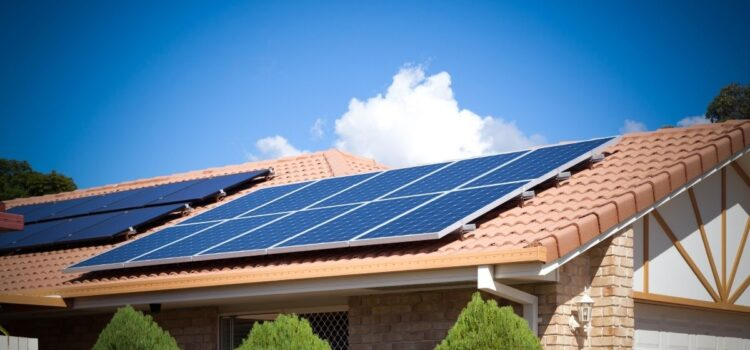 Benefits of Adding Solar Panels To Your Roof