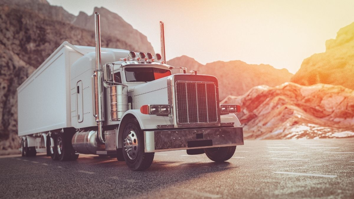 Tips for Keeping Safe During Long Hauls for Truckers