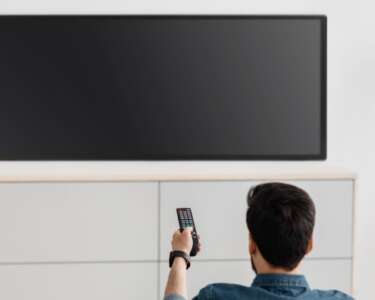 Signs Your Flatscreen TV's Issues Are Repairable